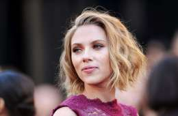 Scarlett Johansson. Sugar for Sugar. Bizarre Love Triangle. New Order. The Time is Now. Cúsica Plus