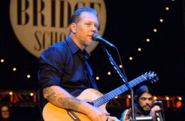 "Metallica tocó junto a Neil Young ""Mr. Soul"" de Buffalo Springfield. Cúsica Plus"