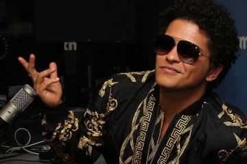 Mira las presentaciones de Bruno Mars y Green Day en los MTV EMA. Cúsica Plus