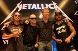 "Metallica tocó ""Enter Sandman"" con instrumentos de juguetes junto a Jimmy Fallon y The Roots. Cusica Plus"