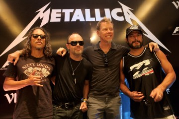 "Metallica tocó ""Enter Sandman"" con instrumentos de juguetes junto a Jimmy Fallon y The Roots. Cusica Plus"