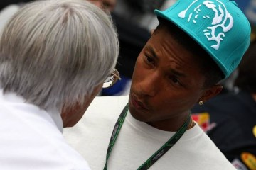 Pharrell introdujo a Bernie Sanders en un acto de la campaña de Hillary Clinton. Cúsica Plus