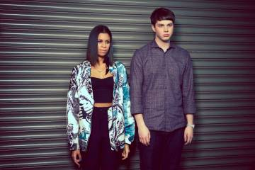 """Not Above Love"" nuevo video de AlunaGeorge. Cusica plus"