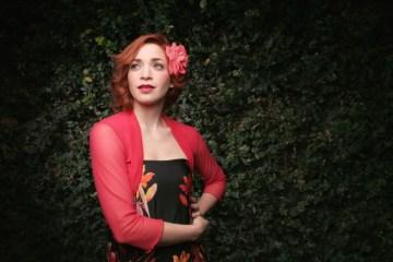 Laura Guevara se despide de Caracas. Cusica plus