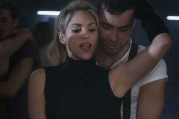"Prince Royce y Shakira publican video de ""Deja Vu"". Cusica plus"