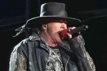 Axl Rose canto en vivo con Billy Joel