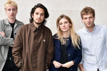 wolf-alice-Cusica-Plus