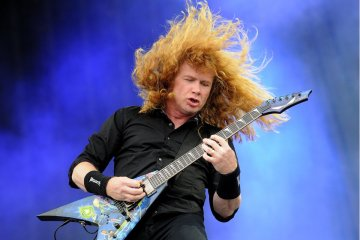 Dave-Mustaine-Cusica-Plus