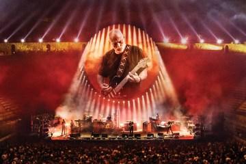 David Gilmour revive el teatro de Pompeya en su nuevo disco en vivo. Cusica Plus.
