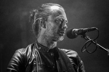 Viaja en ascensor con Thom Yorke en el nuevo video Radiohead. Cusica Plus.