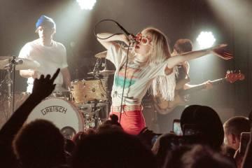 Paramore desnuda las canciones de 'After Laughter' en su Tiny Desk Concert. Cusica Plus.