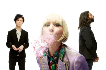 "Mira el primer adelanto de ""There Is No Modern Romance"" el documental de los Yeah Yeah Yeahs. Cusica Plus."