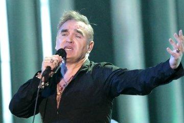 """Morrissey canceló un concierto en California porque había """"demasiado frío"""". Cusica Plus."""