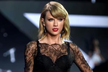 Disfruta la emocional presentación de Taylor Swift en el programa de Jimmy Fallon. Cusica Plus.