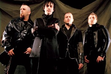 "Three Days Grace demuestra que sigue presente con ""The Mountain"". Cusica Plus."