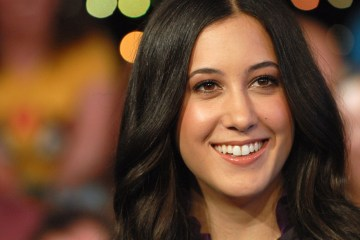 Vanessa Carlton le reclama a Chris Brown por compartir un video de su canción. Cusica Plus.