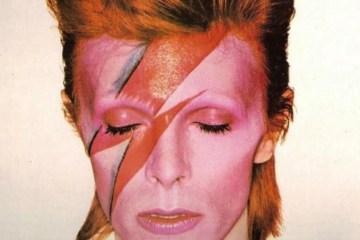 La primera grabación de estudio de David Bowie será subastada. Cusica Plus.