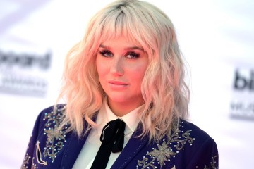 Kesha comparte el primer trailer del documental sobre 'Rainbow'. Cusica Plus.
