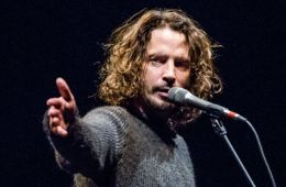 Muestran estatua de Chris Cornell en el Museo de Cultura Pop de Seattle. Cusica Plus.