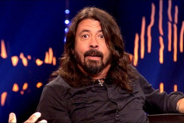 "Dave Grohl dice que le gustaría tocar en AC/DC pero que ""Phill Rudd ha vuelto"". Cusica Plus."