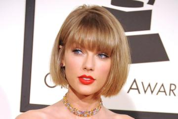 Taylor Swift firma nuevo contrato con Republic Records y Universal Music Group. Cusica Plus.