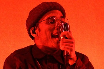 """kendrick Lamar acompañó a Anderson .Paak en el Saturday Night Live para cantar """"Tints"""". Cusica Plus."""