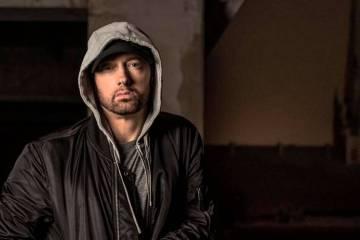 """Eminem comparte su nuevo freestyle """"Kick Off"""" donde menciona a Ariana Grande, Snoop Dogg y más. Cusica Plus."""