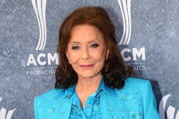 Loretta Lynn celebrará sus 87 año, en concierto con Jack White, kacey Musgraves y más. Cusica Plus.