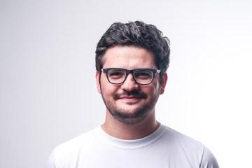 """Ricardo Del Bufalo, Jhoabeat y Manuel Rangel hablan con humor de el emigración en """"Eres tu"""". Cusica Plus"""