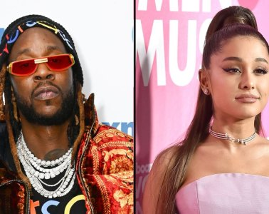 "Ariana Grande y 2 Chainz cantaron por primera vez en vivo ""Rule The World"". Cusica Plus."