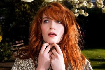 Florence and The Machine, publicará un box set para celebrar el aniversario de su disco debut 'Lungs'. Cusica Plus.