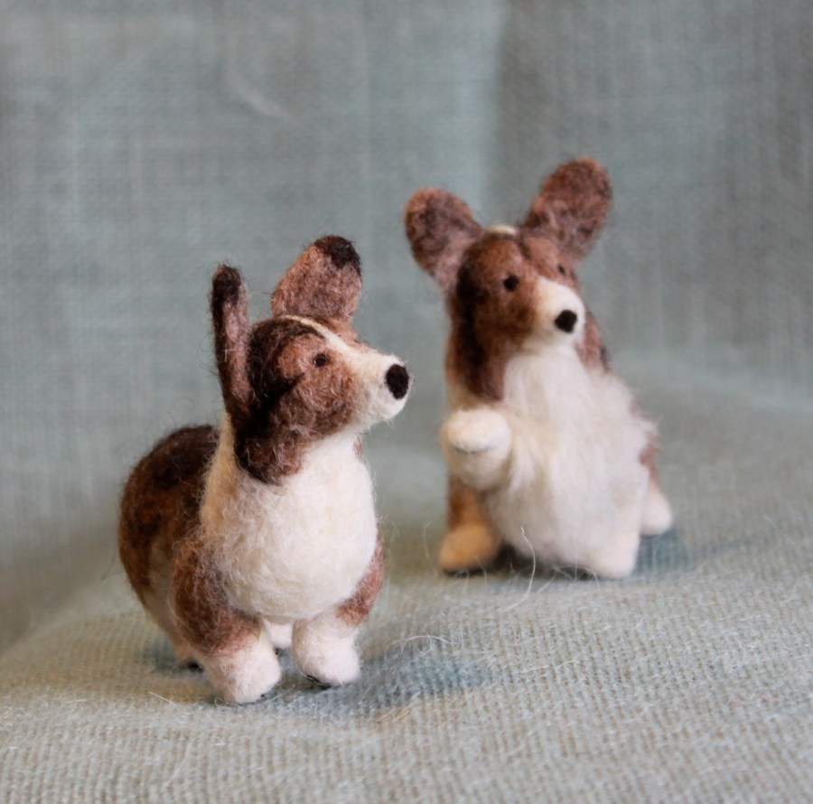 Custom Corgis by Fiber Friends