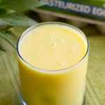 Piña Colada Smoothie - poet in the pantry
