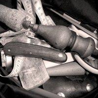 Quels outils pour débuter le cuir ?