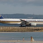 Singapore_Airlines_Boeing_777-200ER_Prasertwit-1