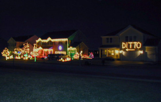ditto-xmas-lights