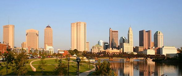 Columbus-ohio-skyline-panorama