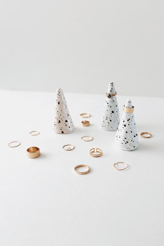 faux-ceramic-ring-cones