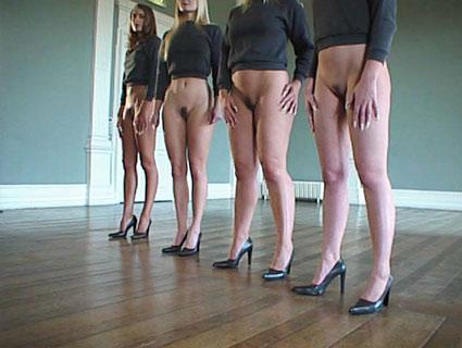 100 girls bottomless