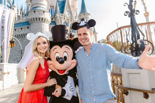 "FREEFORM SPECIALS - ""Disney Fairytale Weddings Special"" -Ben Higgins and Lauren Bushnell host FreeformÕs original special ÒDisneyÕs Fairy Tale WeddingsÓ from Walt Disney World. ÒDisneyÕs Fairy Tale WeddingsÓ will air Sunday, May 7 at 8:00 - 9:30 p.m. EDT. (Freeform/Chloe Rice) LAUREN BUSHNELL, MICKEY MOUSE, BEN HIGGINS,"