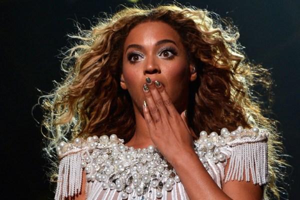 "Beyonce ""The Mrs. Carter Show World Tour"" - Houston"