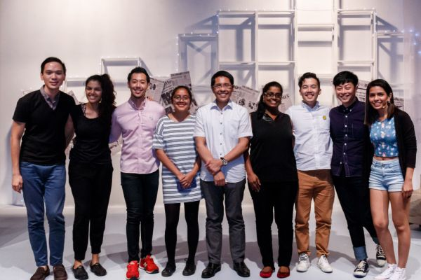 Raemae with Cast, Mayor and Tay Tong