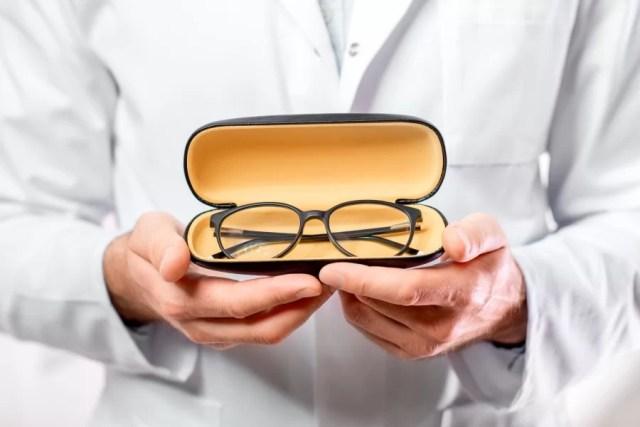 Jakie cechy powinny posiadać okulary dla kierowców?