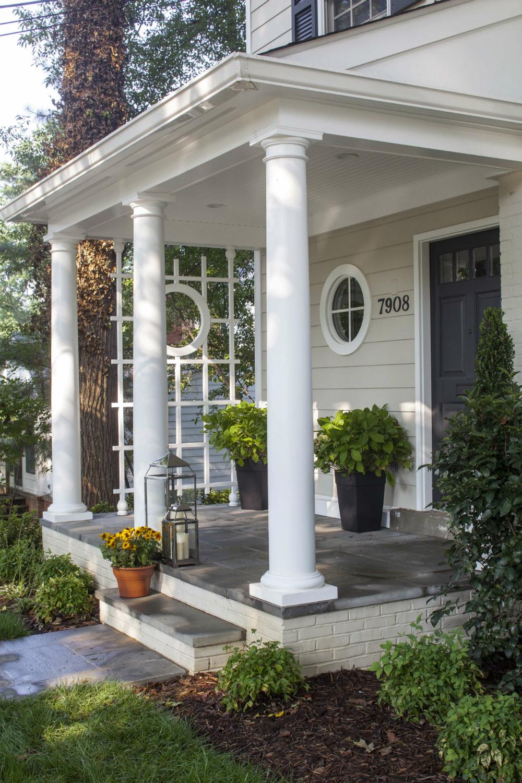 Fullsize Of Landscape In Front Of Porch