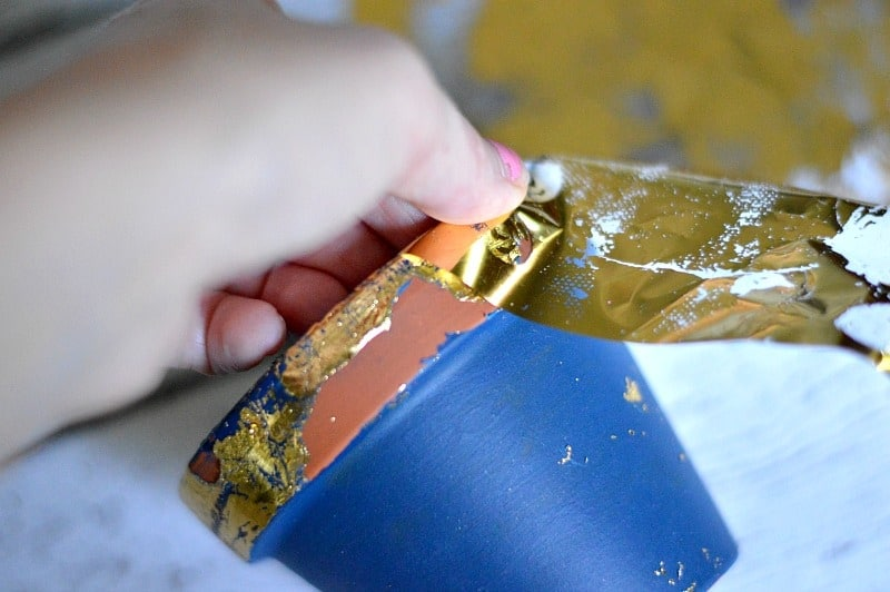 DIY Crafts: Gold Leaf Terracotta Plant Pots using Therm O Web Foil