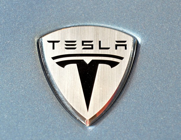 US-ECONOMY-CAR-ELECTRIC-TESLA
