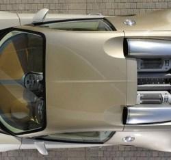 gold-bugatti-veyron-dubai-5