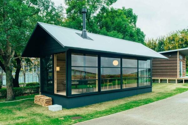 MUJI-Hut-Micro-Homes-Tiny-Beautiful-and-Portable-01