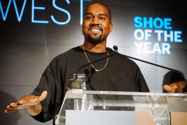 2015 FNAA Shoe of the Year The Yeezy Boost-01