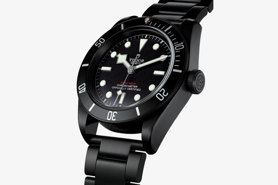 tudor-black-bay-dark-baselworld-watch-2016-0